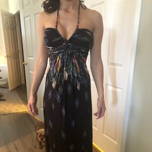 Sky maxi dress with feathers